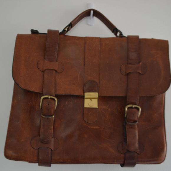 Saga Canada Genuine Leather Laptop Bag. M 5b71edb9aaa5b8ac86228b37 5899495b8aa2